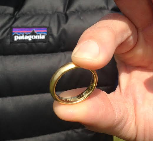Men's lost Wedding band found!